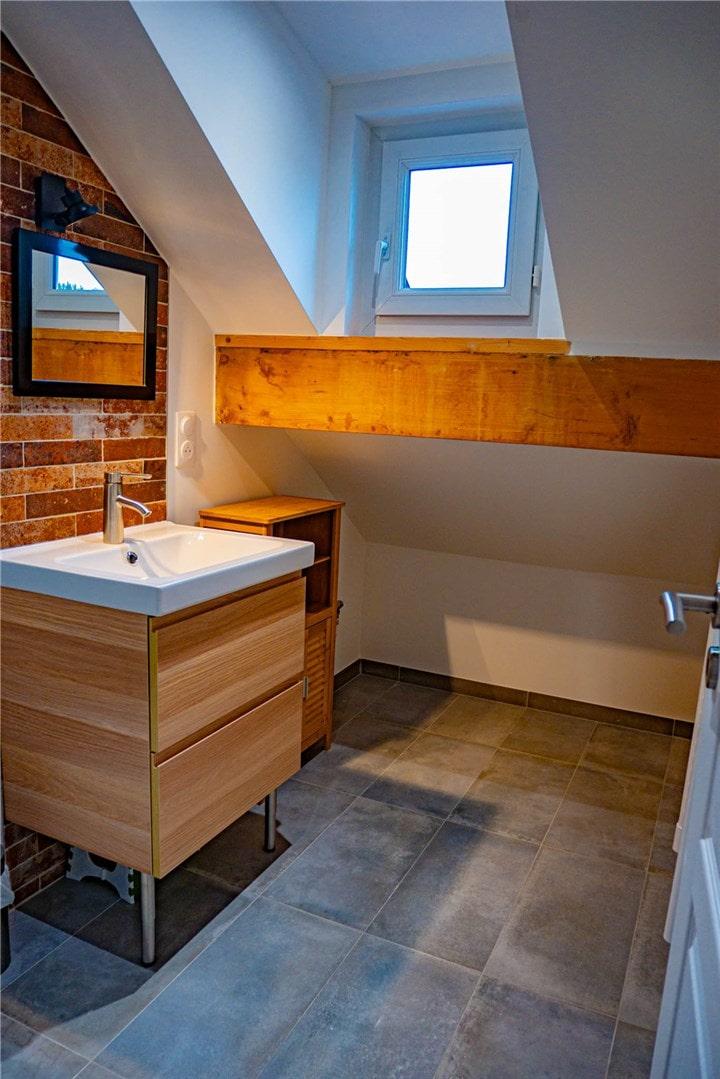 Image salle de bain rénovée General Services Renovation Pays de Gex